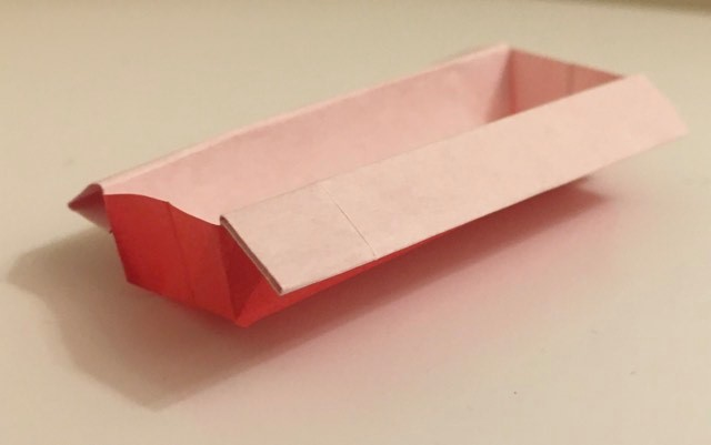 Oblong Box: Red-White 3 inch square kami. Folder: Lisa B. Corfman. Folded: August 9, 2020.